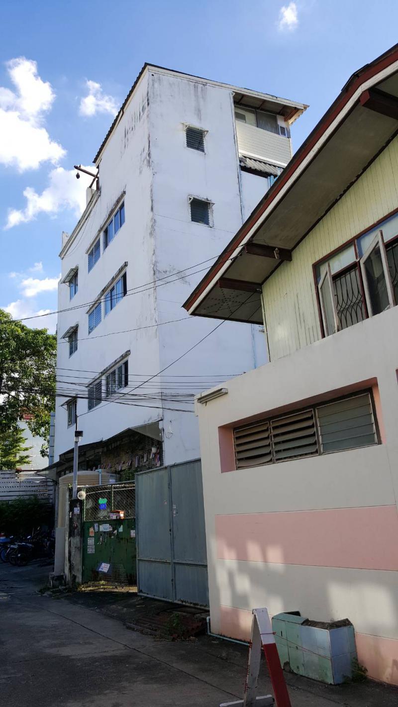 อพาร์ทเม้นท์พร้อมเฟอร์นิเจอร์ 2900 กรุงเทพมหานคร เขตพระโขนง บางจาก