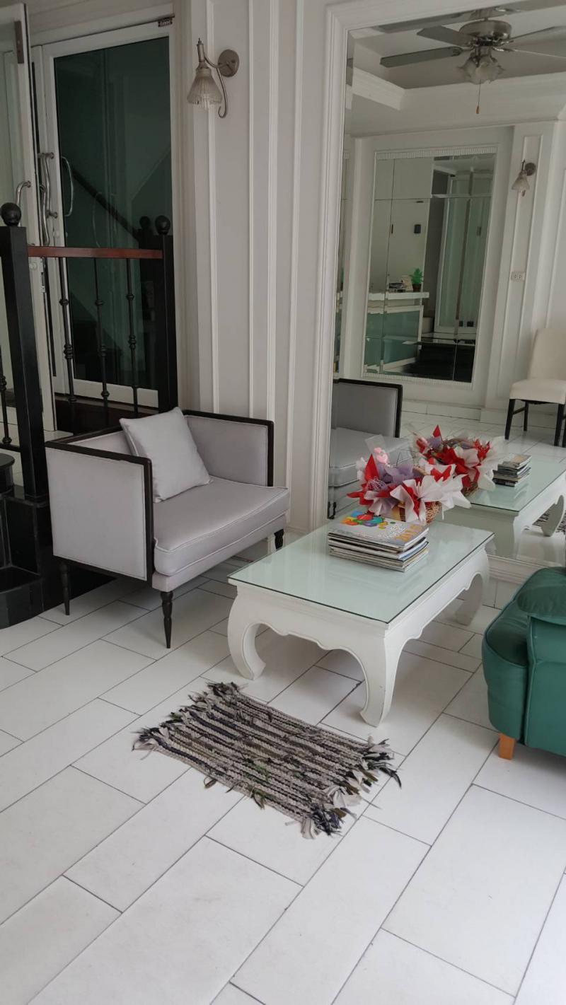 อพาร์ทเม้นท์พร้อมเฟอร์นิเจอร์ 5900 กรุงเทพมหานคร เขตห้วยขวาง สามเสนนอก